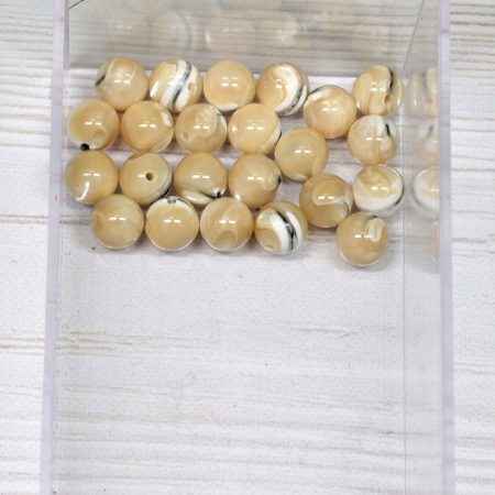 Kagylóhéj (drapp, csíkos) gyöngy - 8mm-es golyó - 1db
