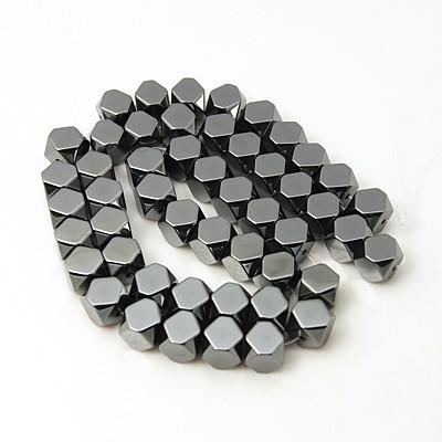 Hematit ásványgyöngy - 8mm-es csapott sarkú kocka - 1db