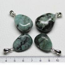 Smaragd ásványmedál - 2-3cm-es formátlan csepp