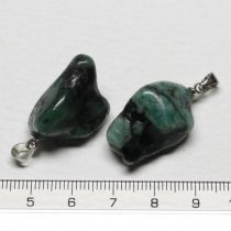 Smaragd ásványmedál - 2-3cm-es formátlan
