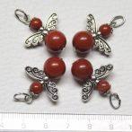 Vörösjáspis ásványmedál - 2cm-es angyal / tündér