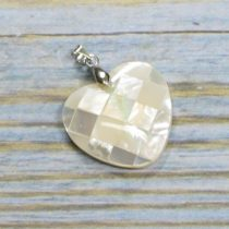 Gyöngyház mozaik medál - 2,5cm-es szív