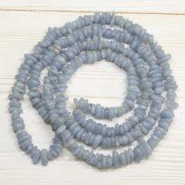 Angelit ásvány splitter / szemcse - gömbölyített szemű - kb. 85cm-es szál