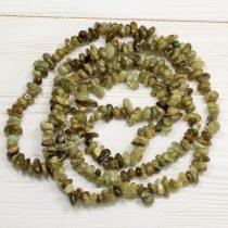 Grosszulár gránát ásvány splitter / szemcse - gömbölyített szemű - kb. 85cm-es szál