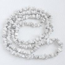Howlit féldrágakő splitter - gömbölyített szemű - kb. 85cm-es szál