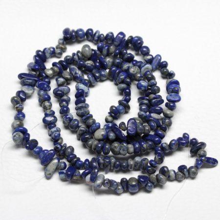 Lápisz lazuli ásvány splitter / szemcse - gömbölyített szemű - kb. 85cm-es szál