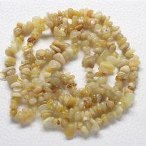 Sárga opál féldrágakő splitter - gömbölyített szemű - kb. 85cm-es szál