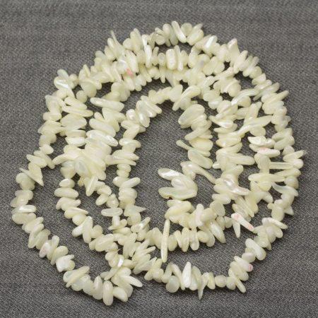 Kagylóhéj splitter / szemcse  - kb. 85cm-es szál