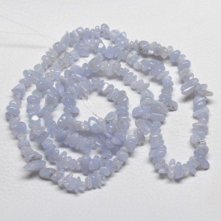Kalcedon ásvány splitter / szemcse - kb. 85cm-es szál