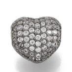 Cirkónia kristályos, fekete (gunmetal) színű 8x7x5mm-es szív köztes gyöngy, furat: 1mm