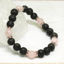 Lávakő, rózsakvarc ásvány karkötő strasszos köztesekkel