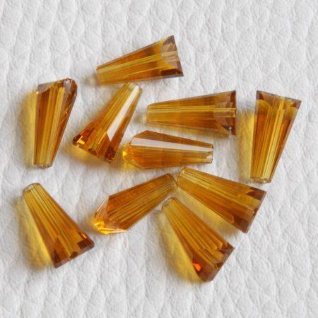 Kristálygyöngy -  fazettált kúpos kb. 12x6mm-es borostyánsárga