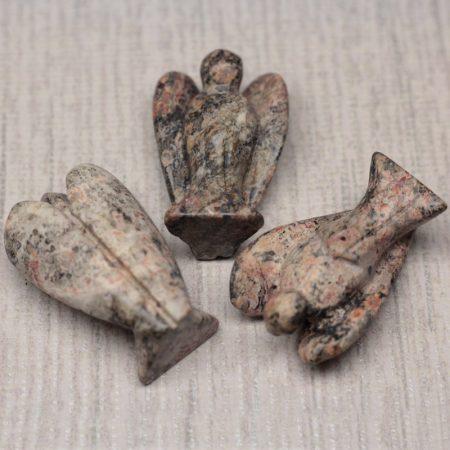 Leopárdjápsis angyal szobor - kb. 3,5x2,5cm-es