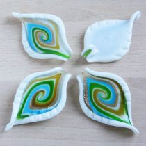 Muránói stílusú, kézi készítésű üvegmedál - kb. 7,5x4,5cm-es