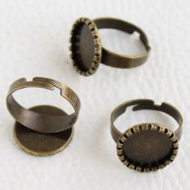 Antik bronz színű állítható méretű ragasztható gyűrűalap - 13,5-14mm-es kabosonhoz