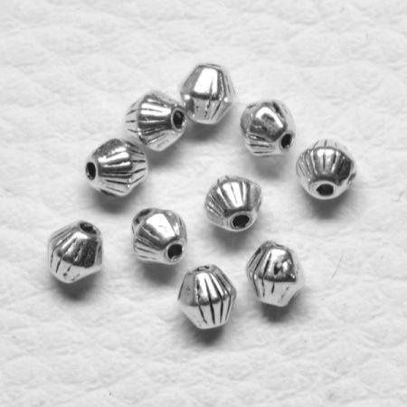 Tibeti stílusú fém köztes - antik ezüst színű 4x4mm-es kúpos