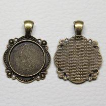 Tibeti stílusú ragasztható fém medál alap - antik bronz színű 37x28mm-es, 20mm-es kabosonhoz