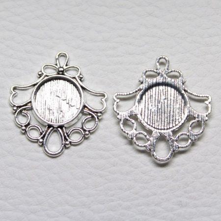 Tibeti stílusú ragasztható fém medál alap - ezüst színű 29x26mm-es, 12mm-es kabosonhoz