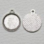 Tibeti stílusú ragasztható fém medál alap - antik ezüst színű 20x16mm-es, 14mm-es kabosonhoz