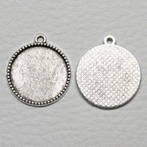 Tibeti stílusú ragasztható fém medál alap - antik ezüst színű 26x22mm-es, 20mm-es kabosonhoz