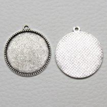 Tibeti stílusú ragasztható fém medál alap - antik ezüst színű 31x27mm-es, 25mm-es kabosonhoz