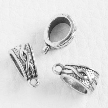 Tibeti stílusú fém medálakasztó - antik ezüst színű 7x14mm-es, kb. 6x8mm-es furattal