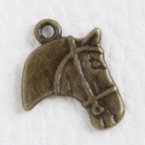 Tibeti stílusú fém medálka / fityegő - antik bronz színű 21x17mm-es lófej