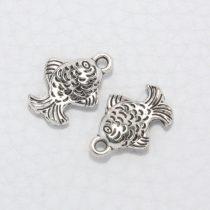 Tibeti stílusú fém medál / fityegő - antik ezüst színű 16x11mm-es hal
