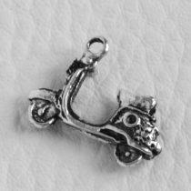 Tibeti stílusú fém medálka / fityegő - antik ezüst színű 14x18mm-es robogó
