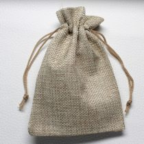 Vászon ajándéktasak kb. 10x14cm-es drapp