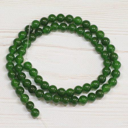 """""""Jáde"""" (festett smaragdzöld) ásványgyöngy - 5,5-6mm-es golyó - 38-40cm-es szál"""
