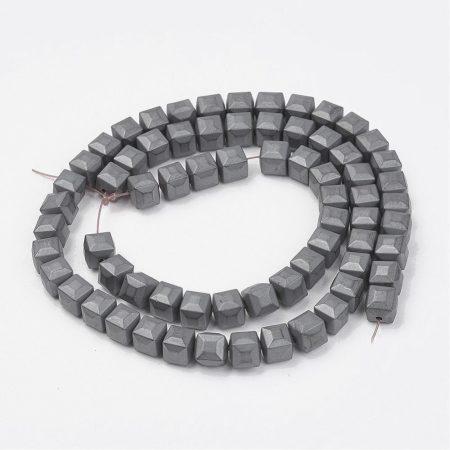 Hematit, MATT csiszolású ásványgyöngy - 6mm-es csapott élű kocka - 38-40cm-es szál